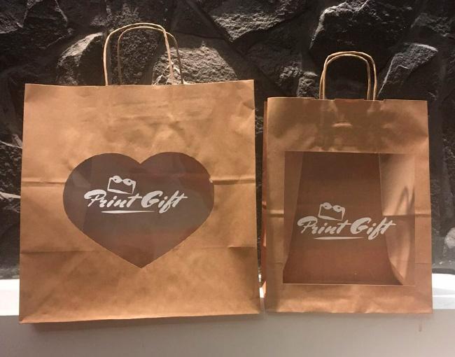 Пакеты для подарков и цветов